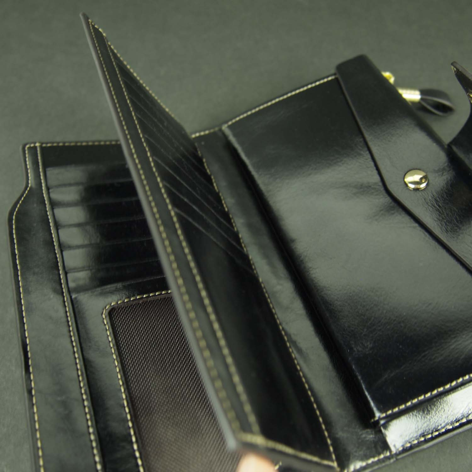 Butterfield Gussie Wallet Interiorl View