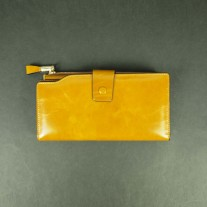 Gussie Wallet Yellow | Butterfield