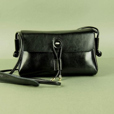 Waiola Crossbody Black | Butterfield