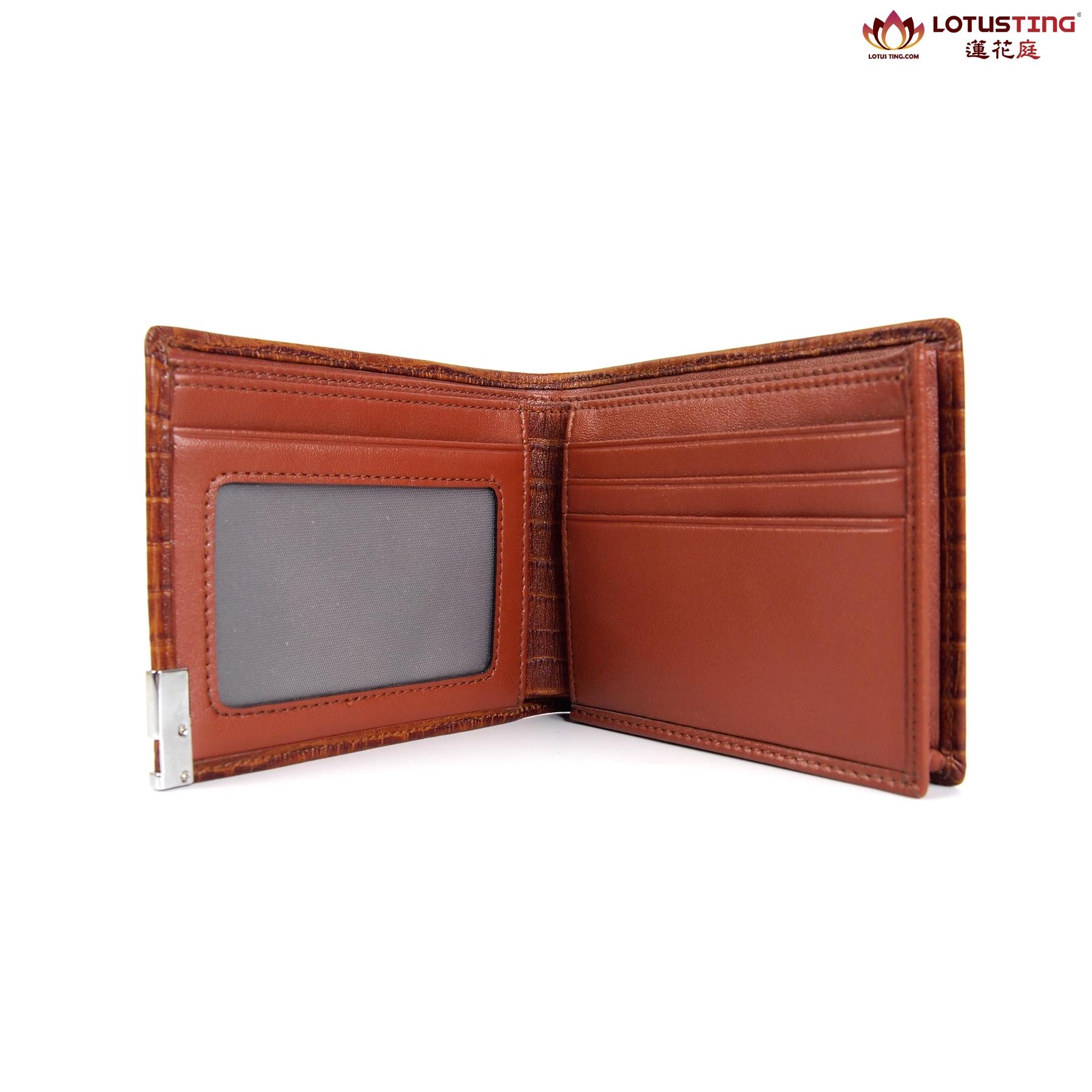 Modern Heritage Darryl  Wallet Front View