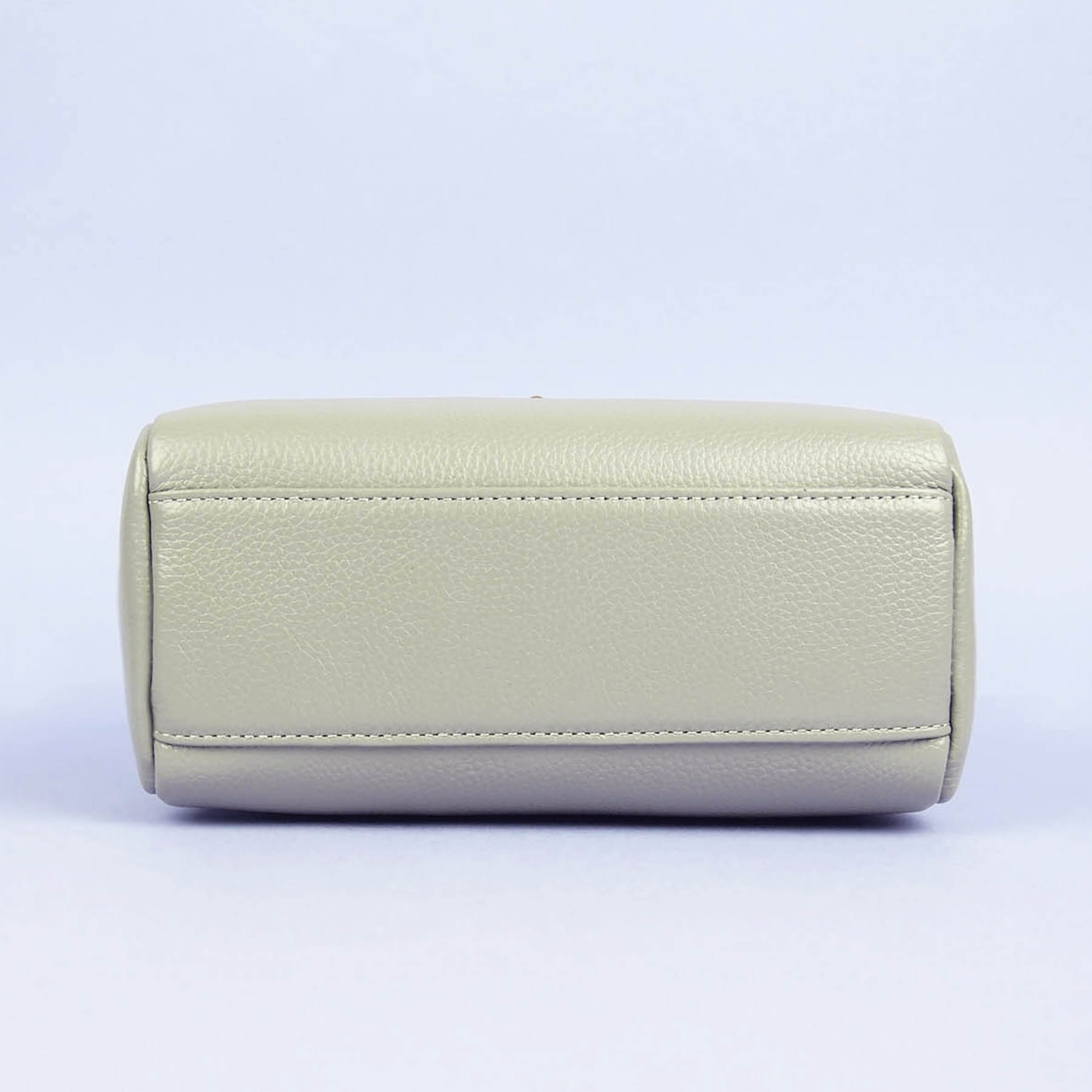 Modern Heritage Maude crossbody  Bottom View