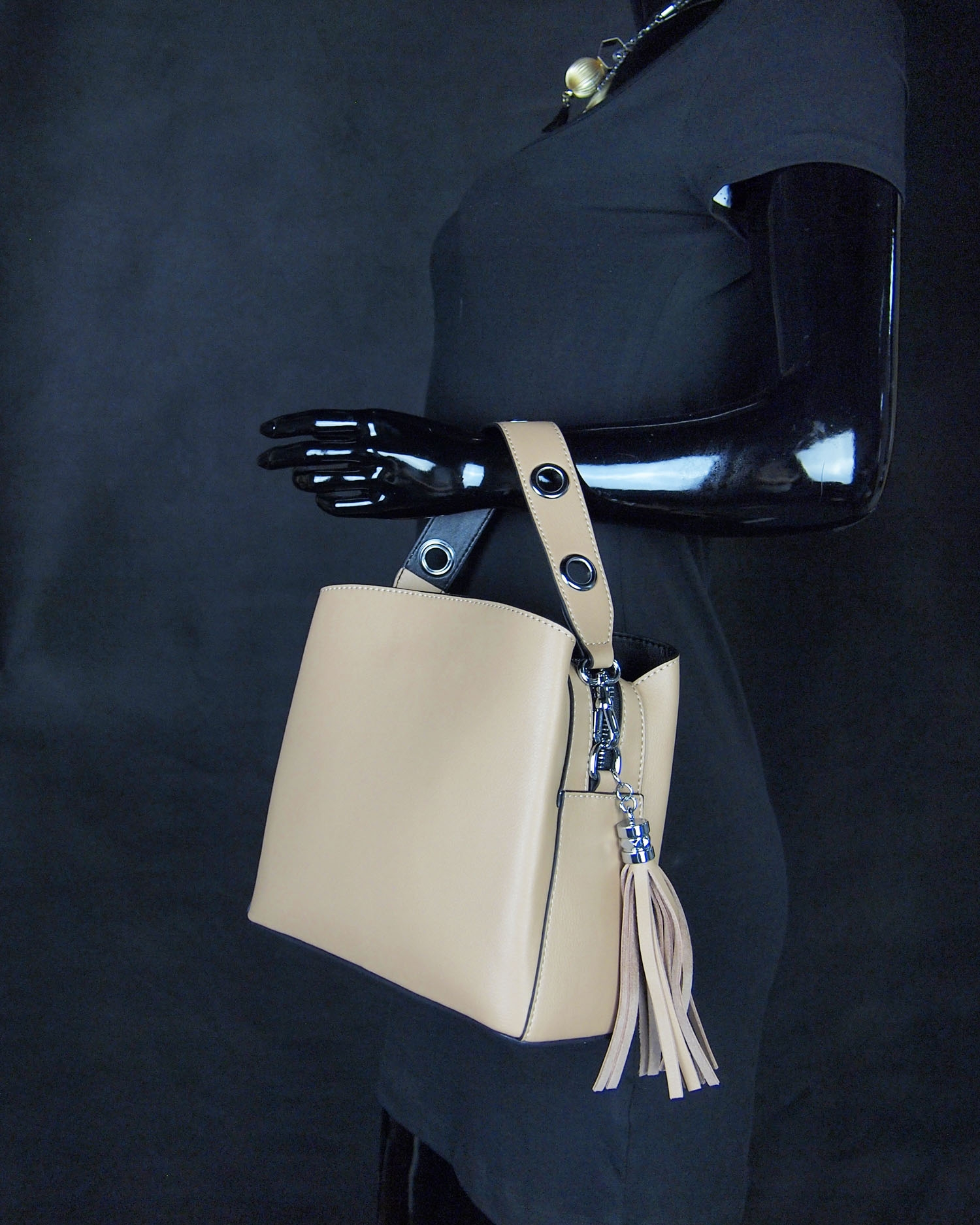 Magnificent Modern Heritage Sheryl Crossbody Hand Carry