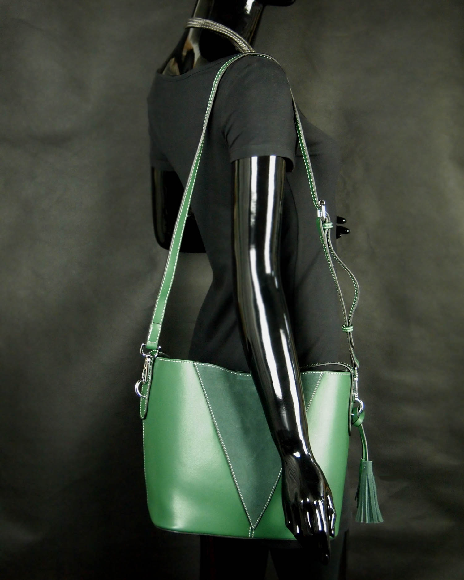 Super Butterfield Naeva Tote Shoulder Carry