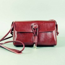 Waiola Crossbody Red Wine | Butterfield