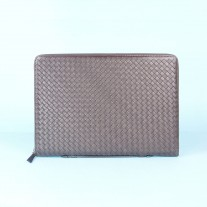 Ernie Clutch Dark Brown | Modern Heritage