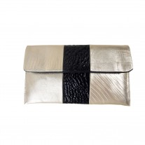 Bella Clutch Gold | Urban Forest